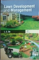 Lawn Development and Management Hardback